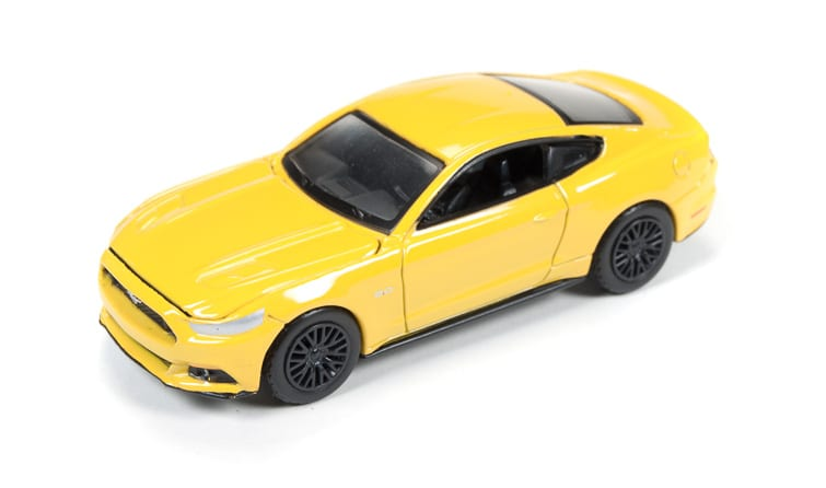 2015 ford mustang gt auto world garage for Garage gt auto